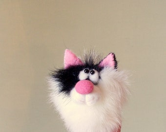 Cat. White - black kitty. Thimble. Penlight theatre. Finger puppets. Little animal. Small puppet.