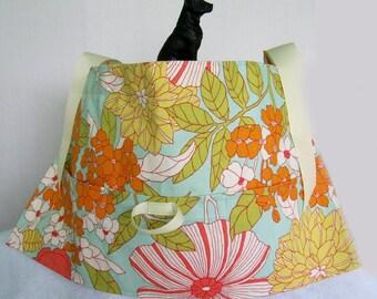 Turquoise Floral 3 pocket Half Apron with loop - Utility Apron, Vendor Apron, Teacher Apron, Cleaning Apron, Pocket Apron, Craft Apron