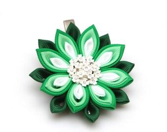 Green and white Kanzashi  flower hair clip. Japanese hair clip. Kanzashi hair flower.  Japanese Fabric Flower Clip.