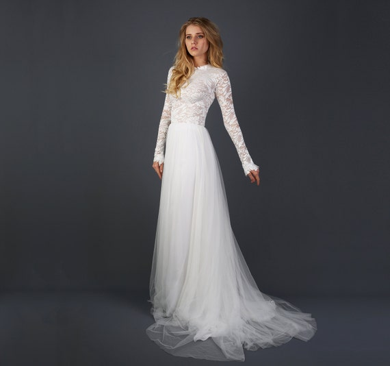 Beautiful Lace Long Sleeve Wedding Dress With By