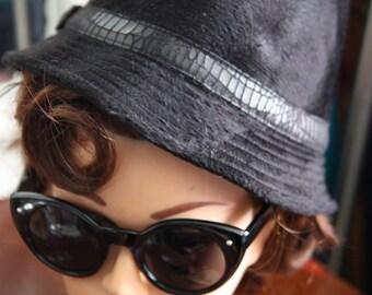 Hat Fedora black velvet 1940-1950