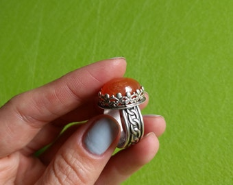 Sterling silver ring with carnelian agate