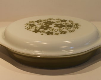 Vintage Spring Blossom Crazy Daisy Pyrex Divided Oval Covered Dish