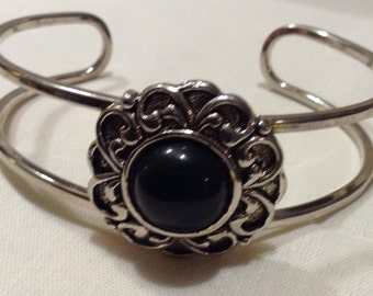 925 Native American WIREWRAP Cuff, Sterling Large Black Onyx Stone Cuff Bracelet 3710-71