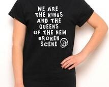 5SOS Crewneck Shirt - She's Kinda Hot Lyrics - 5 Seconds of Summer - Crewneck - Black Shirt - Tumblr Shirt - Teen Fashion - Women's Clothing