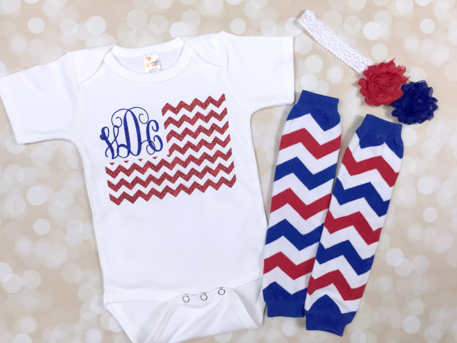 Find an affordable kids Fourth of July outfit, Fourth of July dress, shirt or accessory that will show your little boy's or girl's spirit! All of our our Fourth of July outfits, dress and accessories are discount priced to save you money.
