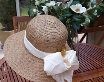 Straw hat for woman - marriage or ceremony