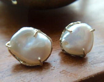 KIKY,   Fresh Water Pearl Earrings