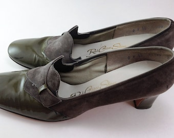1960's Olive Green Patent Leather and Suede Pumps.