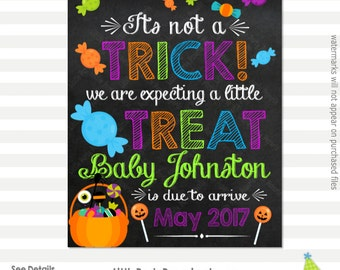 Halloween Pregnancy Announcement | Pregnancy Reveal Sign | Chalkboard Sign | Printable Chalkboard Sign | Design PA16004