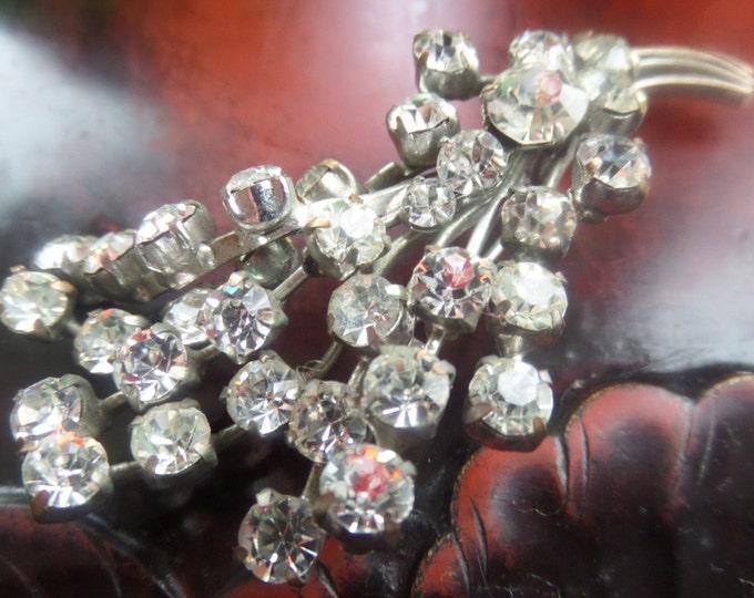 FREE SHIPPING English Faux Diamond Rhinestone Brooch Classic Bouquet Shape Silver Tone