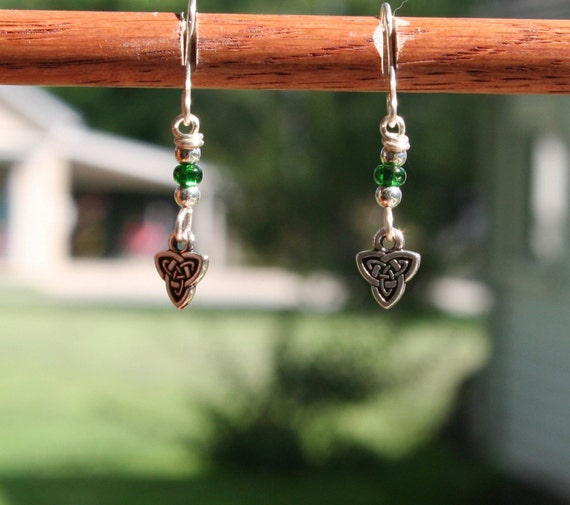 Sterling Silver Celtic Triquetra Earrings (gb)