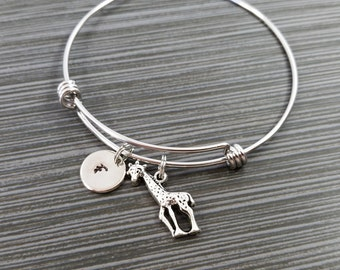 Giraffe Bangle Bracelet - Giraffe Bracelet - Expandable Bangle - Giraffe Charm Bangle - Initial Bracelet - Safari Bangle - Personalized Gift