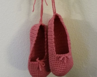 Crocheted ballet slippers toddlers and girls sizes