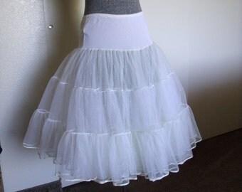 White crinoline petticoat vintage half slip tulle, Hollywood Glam, Full Circle Skirt, Made by Opera SZ MED, Romantic Bohemian Cottage