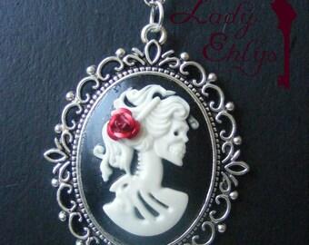 "Necklace cameo Gothic fantasy ""Carmen Mortis"""