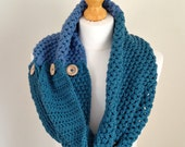 Crochet Cowl - The Sea Spray Cowl - Chunky Knit  - Merino Wool - Sea Spray Green, Sea Blue