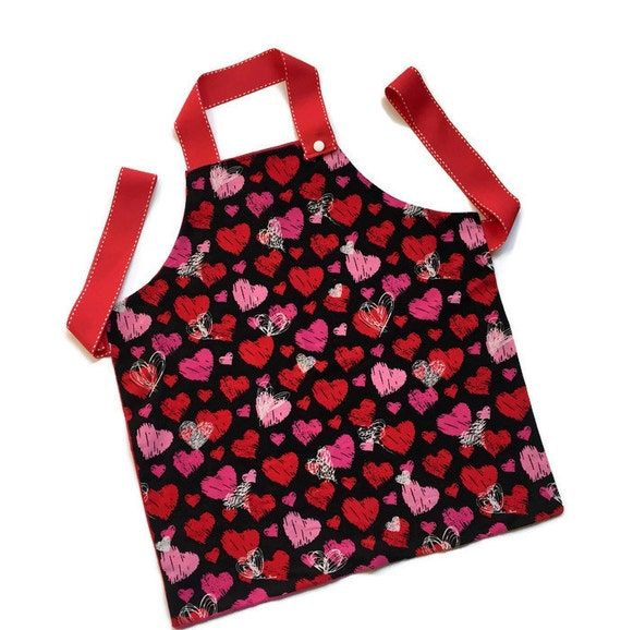 This Apron Is The Perfect Valentine Gift For A Little Girl. These Aprons  Are Great Gifts From Mom, Dad, Grandparents, Aunts And Uncles.