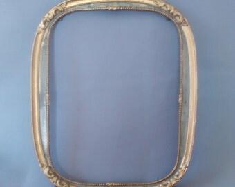 """Art Nouveau frame, Celadon, paint and gilding, excellent condition, refined, 26,5 cm x 21, 5 cm 10.5 """"x 8.7"""" approx."""