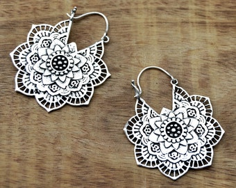 Mandala Flower Earrings, Boho Earrings, Gypsy Earrings, Silver Earrings, Indian Earrings, Bohemian Earrings, Tribal Earrings, Indian Jewelry