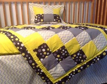 Gender Neutral Crib Bedding Set