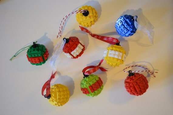 Build Your Own LEGO Bauble
