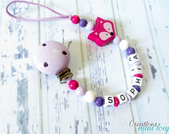 Wooden pacifer clip, wood beads ,3d character, pacifier clip , baby gift, gift baby girl