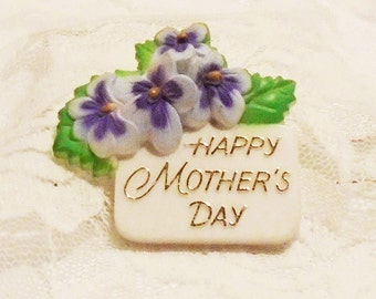 Mother's Day Brooch, Vintage 1970s Mother's Pin, Plastic Mother's Day Pin, Violet bouquet Brooch, American Greetings, Mother's Day Gift.