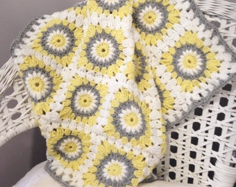 Crochet Baby Blanket- Sunburst Square