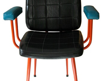 Vintage black leatherette office armchair.