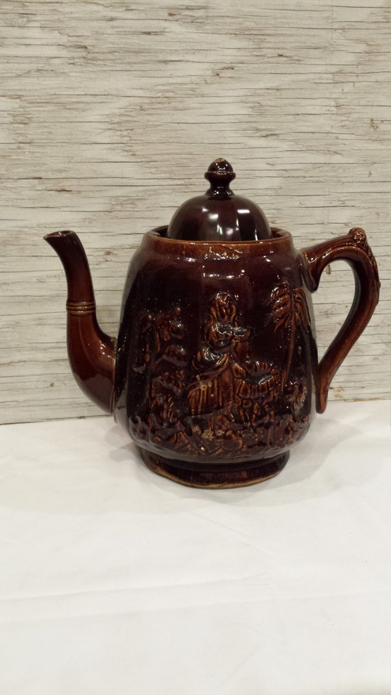 """Vintage late 19th Century Rockingham Teapot known as """"Rebecca at the Well"""""""