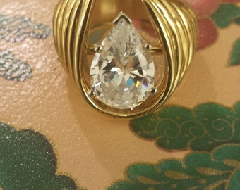 18K Yellow Gold With CZ