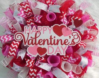 Valentines wreath, Valentine Wreath, Valentines Day Wreaths, Valentines Wreaths, Valentine Wreaths, Mesh Valentine Wreath
