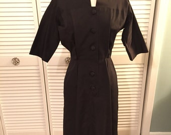 1950s cotton black dress with pleated back