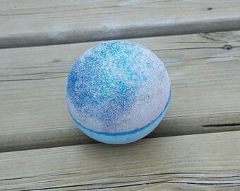 Neptune bath bomb