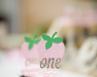 FREE SHIPPING!!! - Strawberry Cupcake Topper - 12ct
