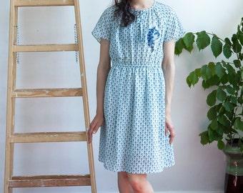 Vintage Sky Blue Floral Pattern Dress