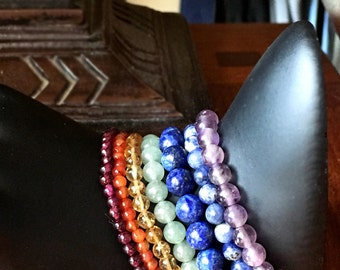 Chakra Bracelet Set, 7 bracelets, 7 chakras, semi-precious gemstones, Garnet, Carnelian, Citrine, Aventurine, Sodalite, Lapis, Amethyst