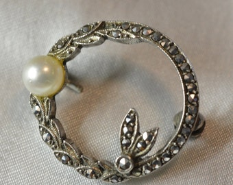 Marcasite and Pearl Circle Pin