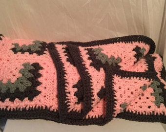 Free Shipping Pink Granny afghan