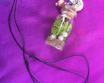 Terrarium Moss Necklace