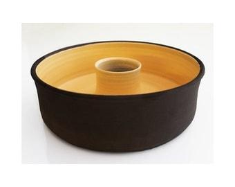 Ceramic Cake Pan (Bundt Cake Pan)