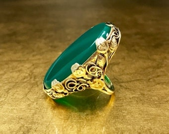 Antique Art Nouveau Ring   Chrysoprase Ring   Green Antique Ring   Unique Leaf Ring   Her Gold Statment Ring   Gold Thumb Ring   Size 7.75