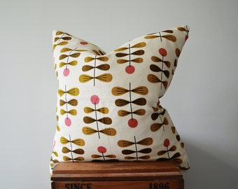 SALE: Mid Century Flower Pillow Cover
