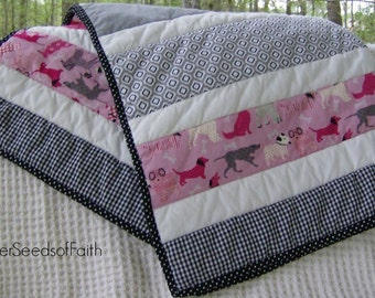 Baby Girl Strip Quilt, Baby Quilt, Pink and Gray Quilt, Crib Quilt, Nursery Quilt, Baby Shower Gift, Nursery Decor, Modern Baby Quilt
