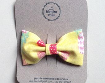 Yellow fabric bow hair clip, medium/Fabric Hair Bow Clip Yellow, Medium