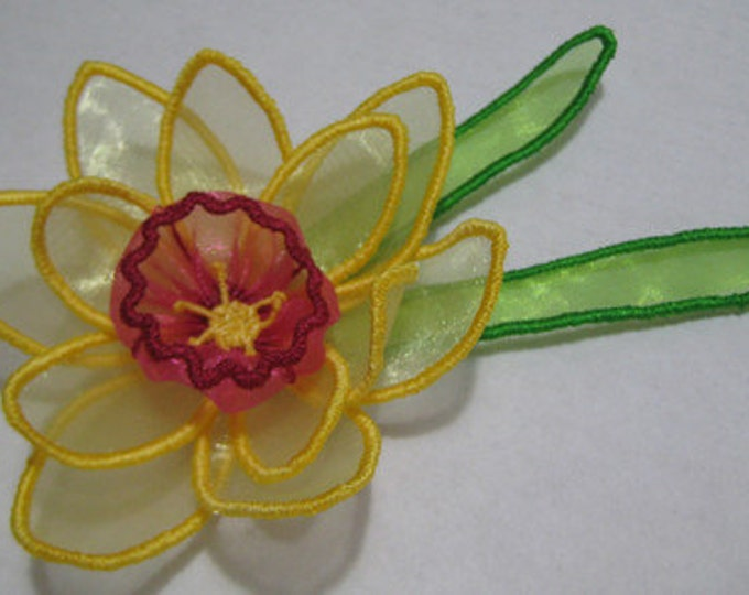 Free Standling Applique 3D Flower Project #398 ( Machine Embroidery Design from ATW )