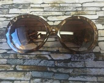 Ana Round Sunglasses