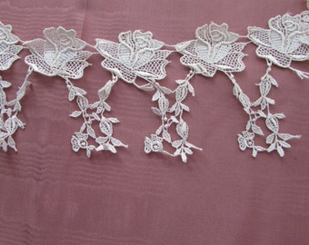 """Light Ivory Roses Wedding Lace BTY 3""""wide  006"""