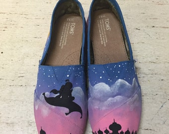 Aladdin Painted TOMS